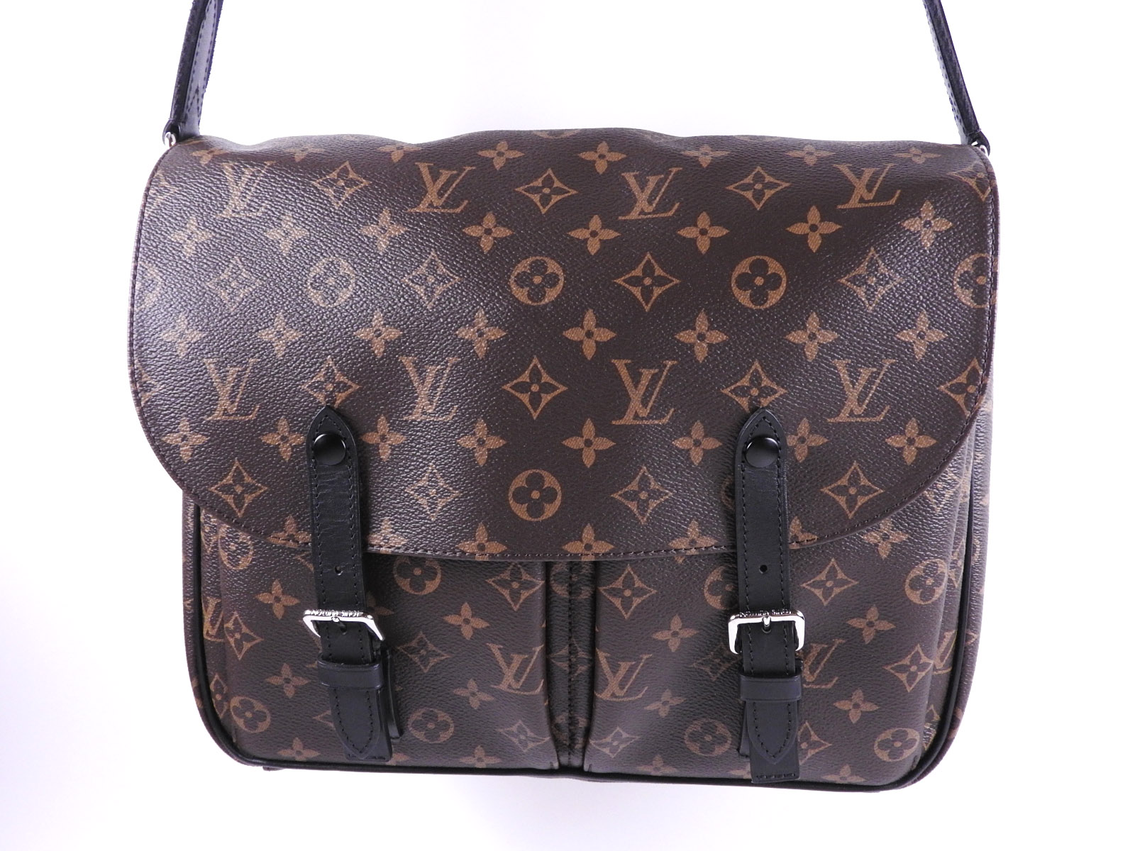 aff9545576d8 Auth LOUIS VUITTON Christopher Messenger Shoulder Bag Monogram Macassar  M41643 A-7938
